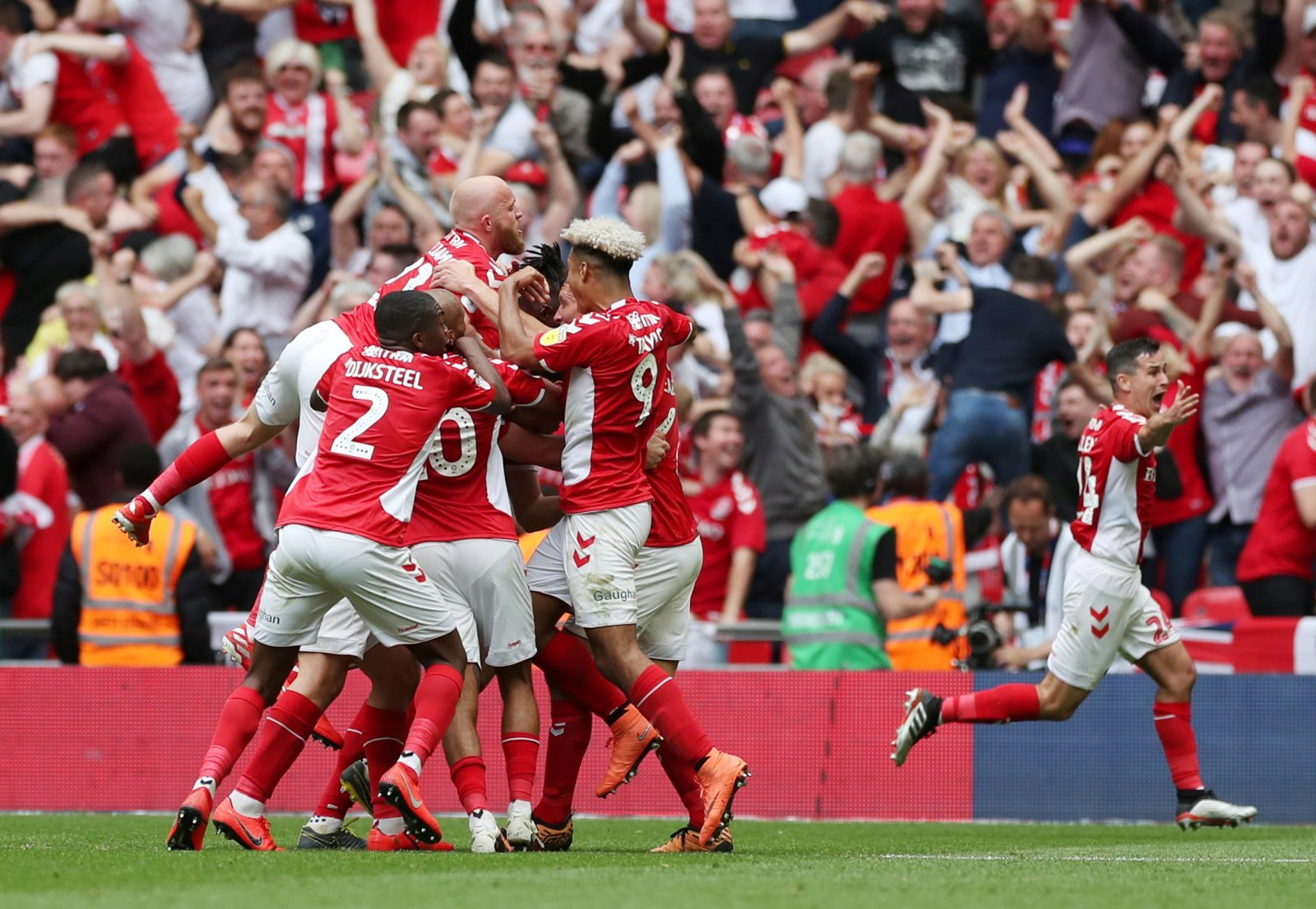 7c68f86dc8074 'The bar has been set high' – Plenty of Charlton fans like the look of club  reveal